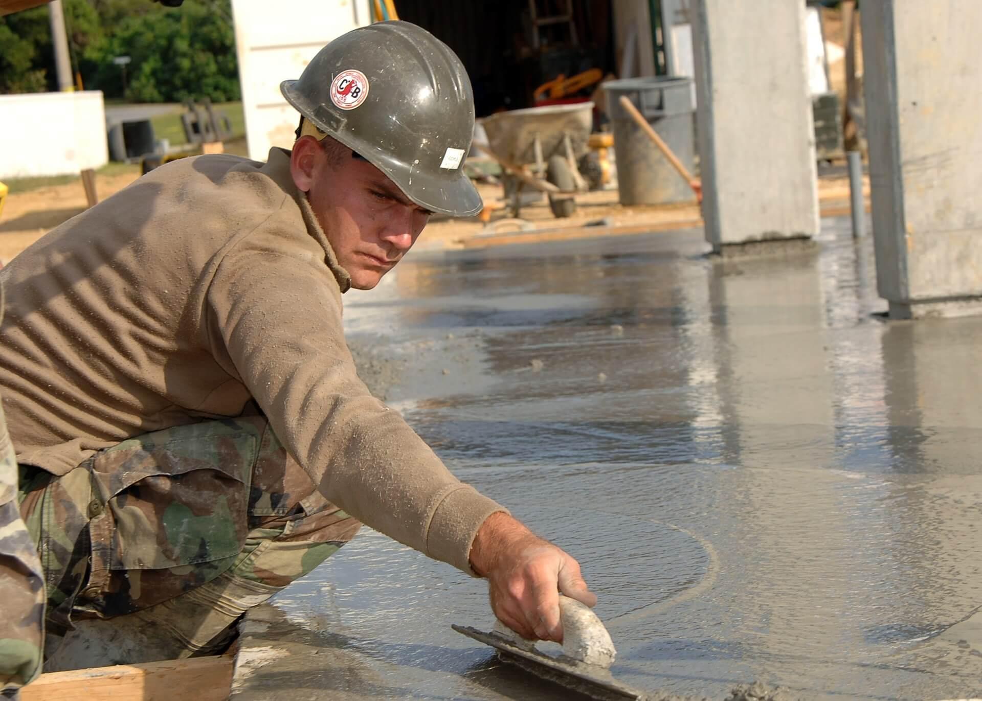 Het aanleggen van een betonnen gietvloer is snel gebeurd