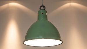 Een lamp ophangen is snel gedaan